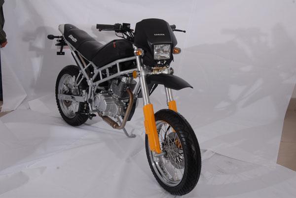 LJ150-8